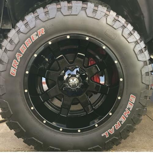 off road monster orm m08 20x12 gloss black close up