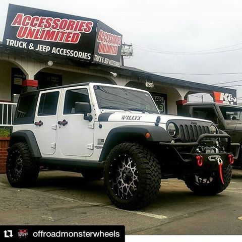 off road monster orm m14 gloss black machined 20x10 jeep