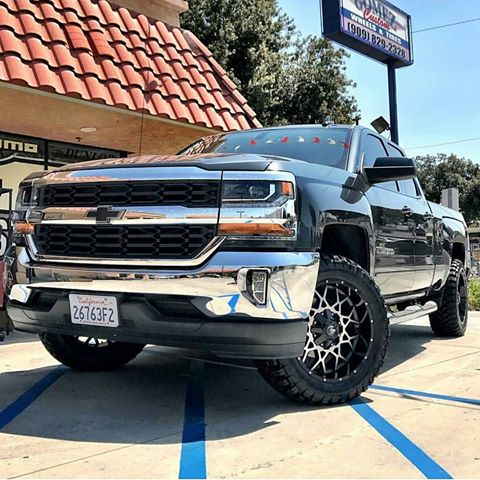 off road monster orm m14 gloss black machined 20x10 silverado